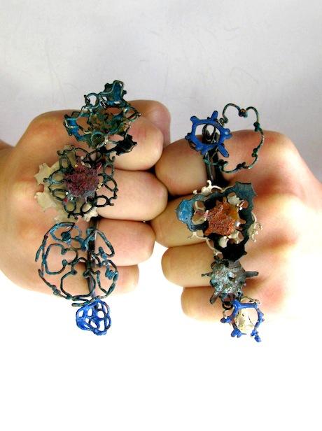Mixed metal rings